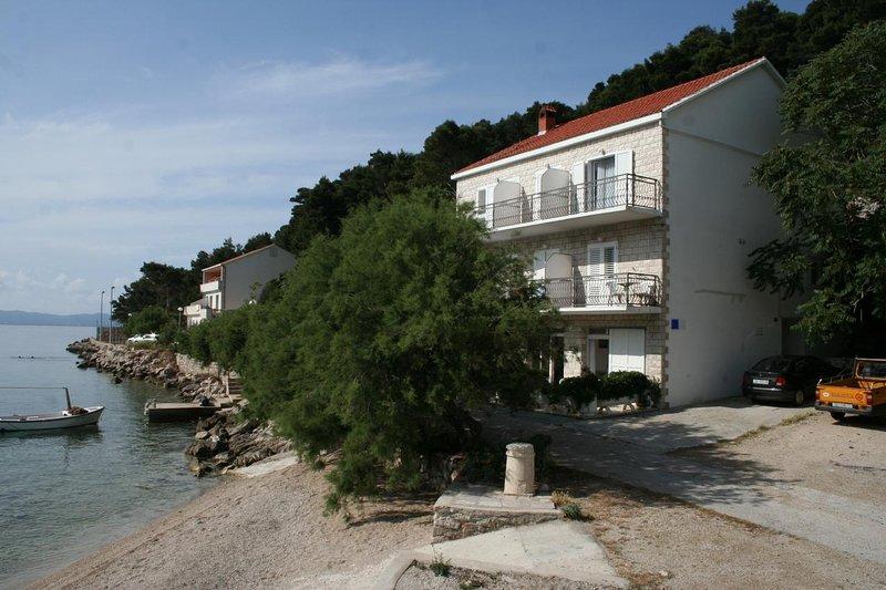 Trstenik Apartment Sleeps 4 with Air Con - 5463111, casa vacanza a Trstenik