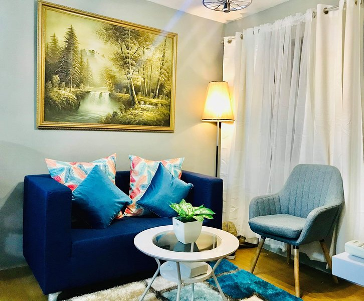 Condo 2 bedroom fully furnished In Pasig City with  Wifi, holiday rental in Antipolo City