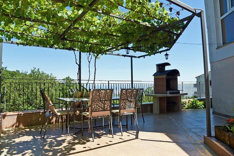 Poljane Apartment Sleeps 4 with Air Con - 5467694, holiday rental in Poljane