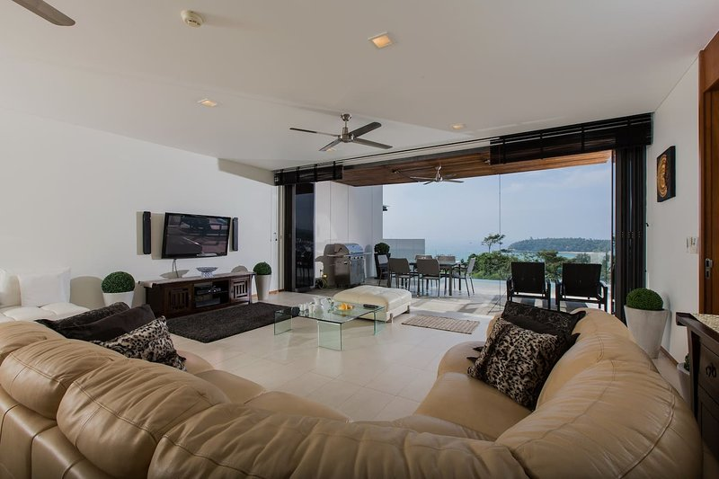 The Heights Luxury apartment unit C1 sea view, vacation rental in Karon