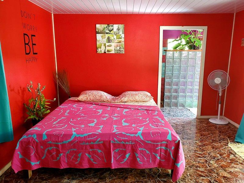 Ua Huka 'Happy Room', aluguéis de temporada em Marquesas Islands