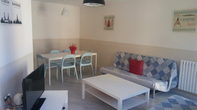 Apartamento en la Seu d' Urgell a 10 km de Andorra., holiday rental in Organya