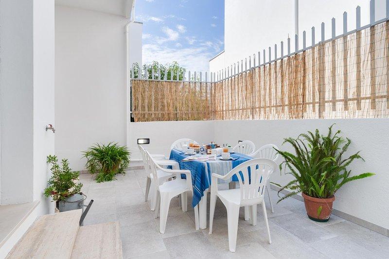 Appartamento Ardesia - Lido Marini, holiday rental in Lido Marini