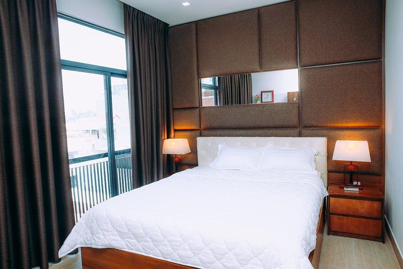 Cozy 2 bedrooms apartment near Dragon Bridge, casa vacanza a Son Tra Peninsula