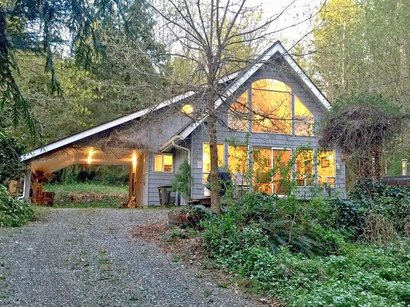 39GS Cabin near Mt. Baker, holiday rental in Cultus Lake