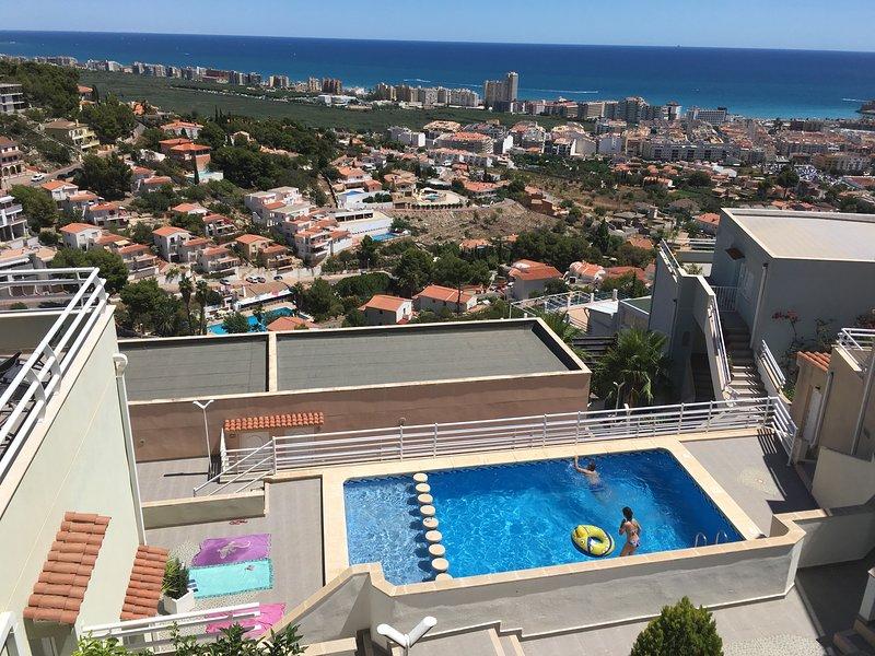 TRANQUILIDAD, COMODIDAD, VISTAS AL MAR Y PISCINA, location de vacances à La Salzadella