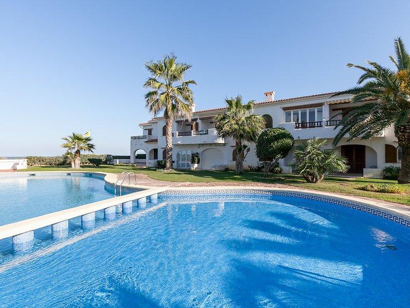 Nueva Playa, holiday rental in Deveses