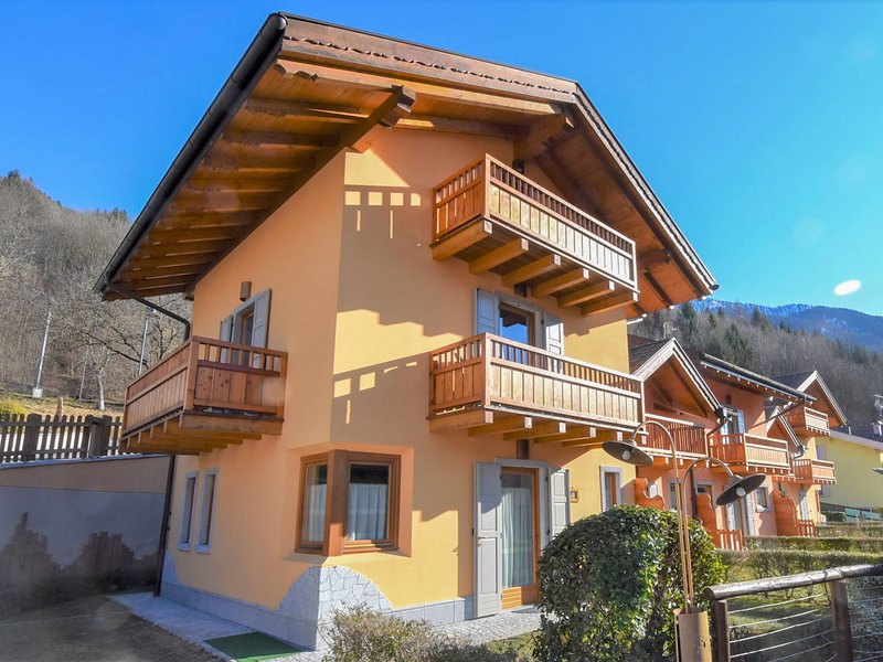 Comfort, vacation rental in Carisolo
