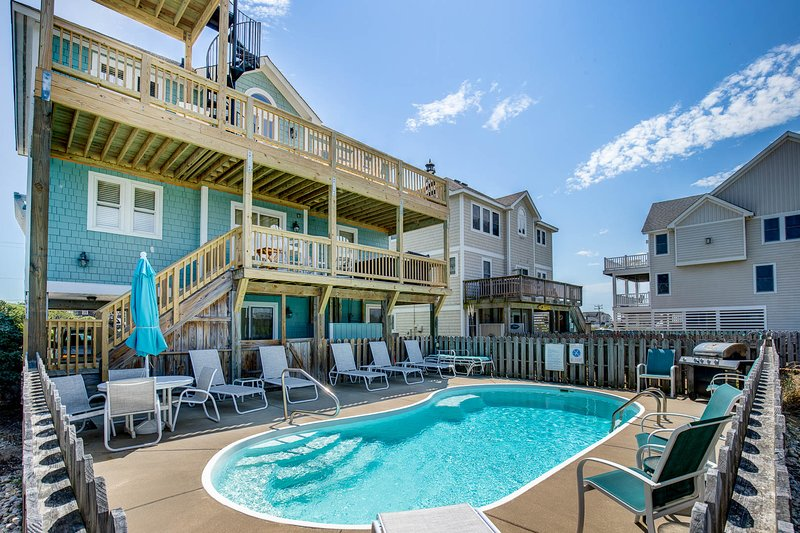Double Dip Beach House | 615 ft from the Beach | Private Pool, Hot Tub | Nags He, location de vacances à Nags Head