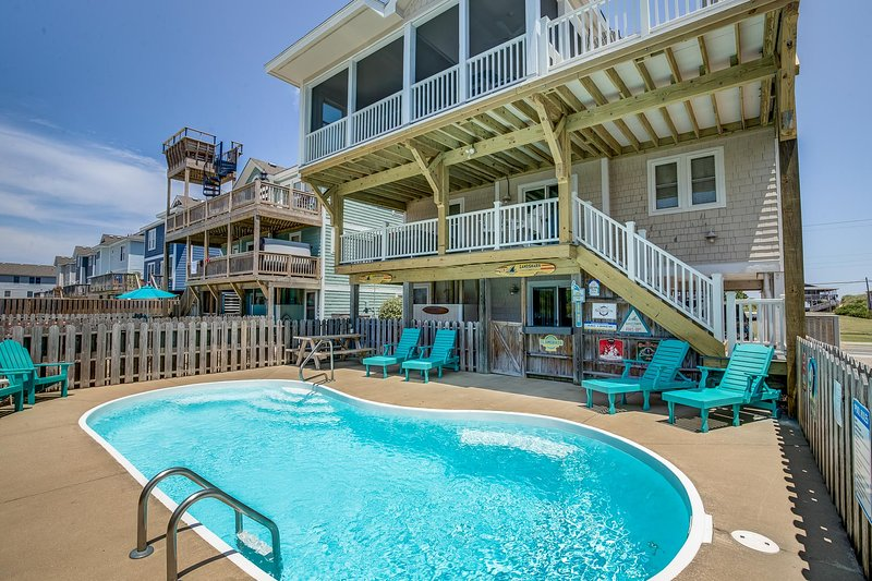 Fins Up | 630 ft from the beach | Private Pool, Hot Tub | Nags Head, holiday rental in Wanchese