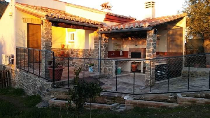 Nice studio with mountain view, location de vacances à Mosteiros