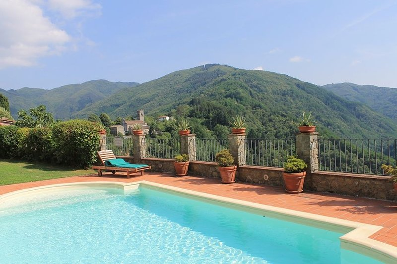 Lugliano Apartment Sleeps 4 with Pool - 5241264, holiday rental in Benabbio