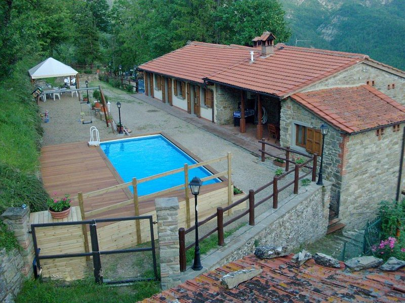 Valagnesi Apartment Sleeps 20 with Pool and WiFi - 5241626, holiday rental in Badia Prataglia