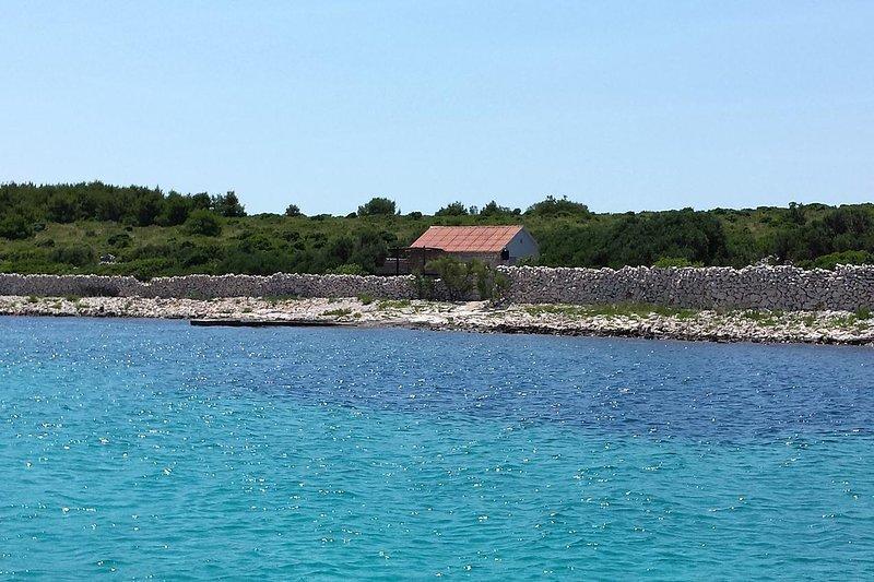 Matuskovica Holiday Home Sleeps 6 - 5470440, holiday rental in Kornat Island