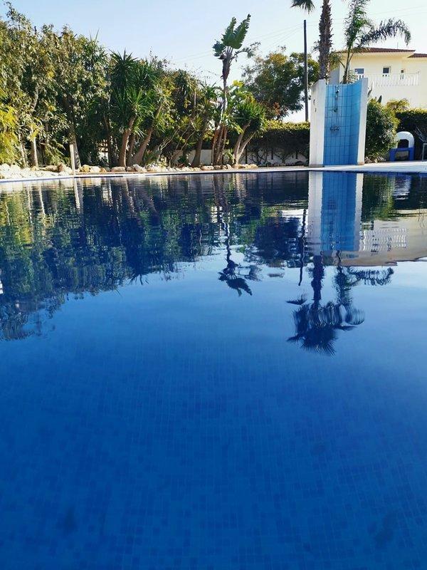 4 Bedroom Villa With Swimming Pool / Near Ayia Napa & Protaras, holiday rental in Frenaros