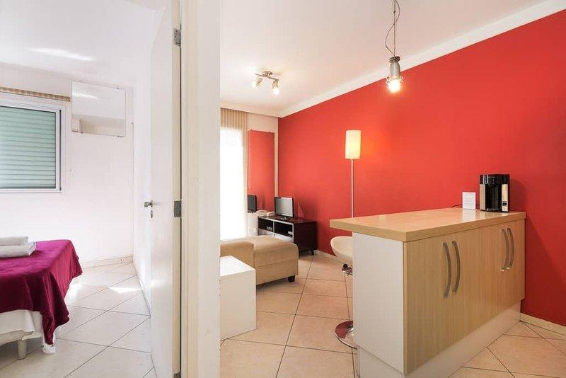 TS******** · Apart in Pinheiros' Heart by Benedito Calixto Sq2, vacation rental in Sao Paulo