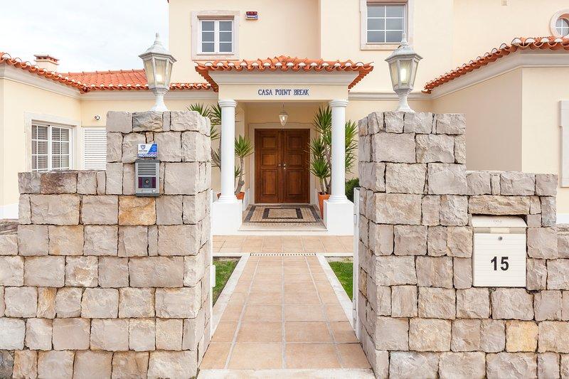Villa Point Break, vacation rental in Amoreira