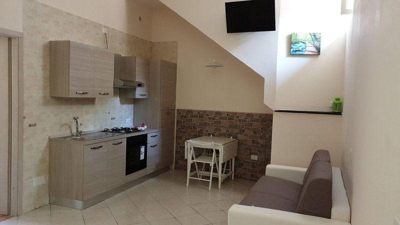Nice studio near the beach & Wifi, vacation rental in Lettere