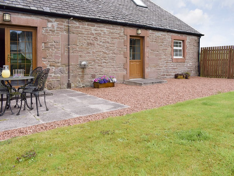 The Stables - UK5532, holiday rental in Balfron