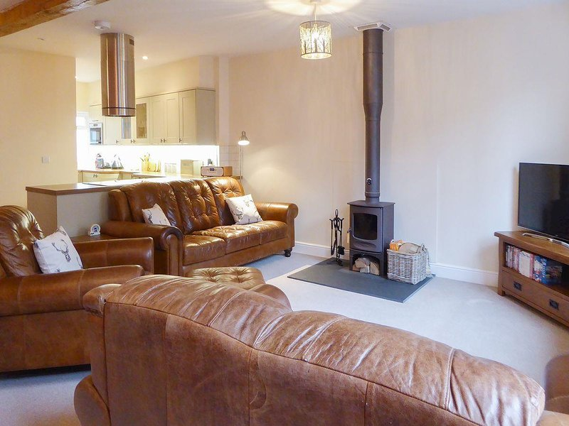 Tuppence Cottage, holiday rental in Oakfordbridge