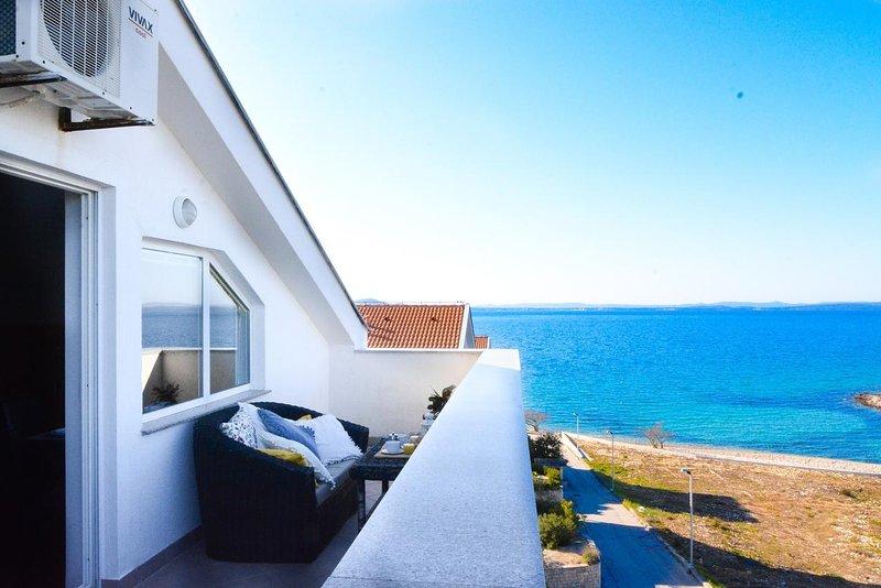 Gornje Petrcane Apartment Sleeps 2 with Pool and Air Con - 5832470, alquiler vacacional en Kozino