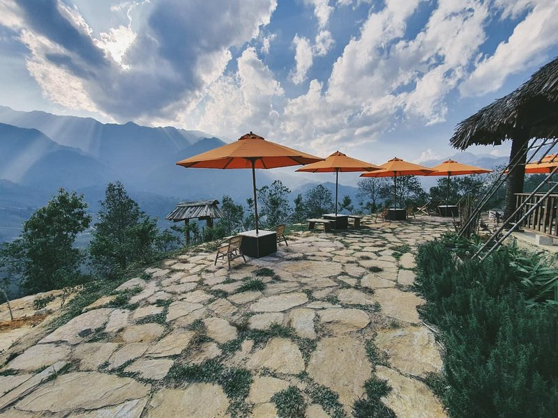 Rùa's House Mountain Hamlet, holiday rental in Lao Cai Province