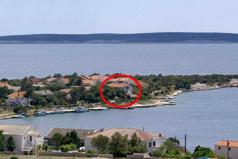 Simuni Apartment Sleeps 5 with Air Con - 5459082, location de vacances à Simuni