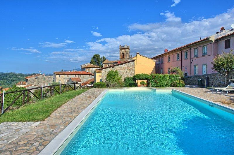 Gualdo Apartment Sleeps 4 with Pool and WiFi - 5242105, alquiler vacacional en Orbicciano