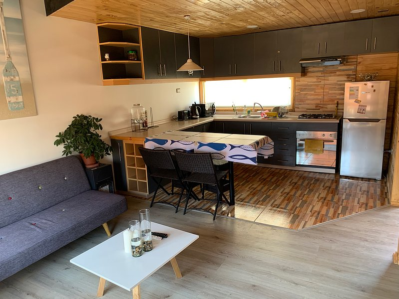 Pichilemu - Loft 3D 2B en Condominio con salida privada a la playa., holiday rental in Pichilemu