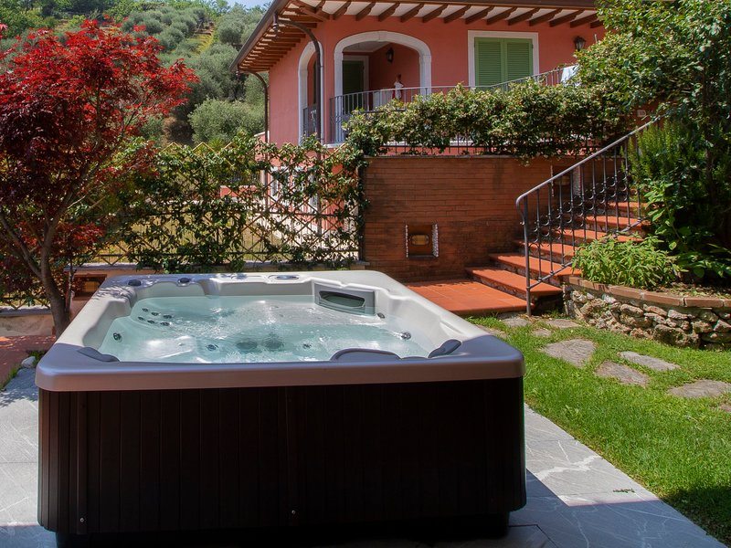 Serenella, holiday rental in Ripa-Pozzi-Querceta-Ponterosso