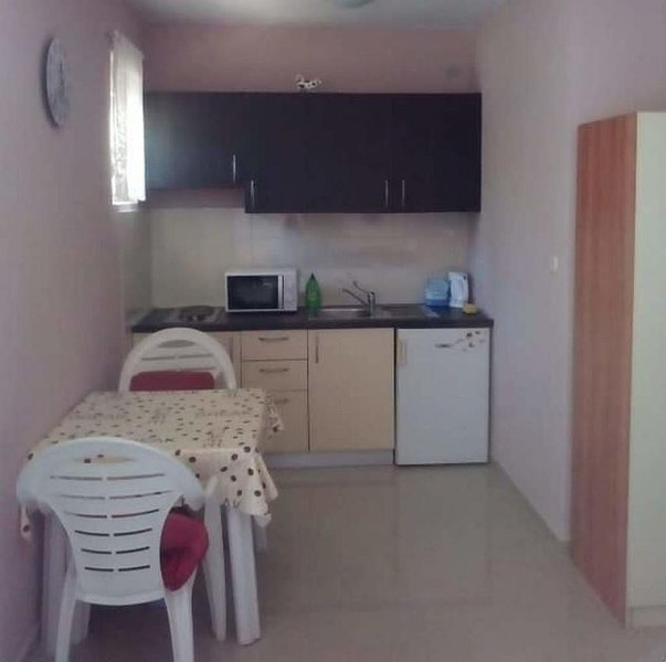 Küche, Fläche: 2 m²