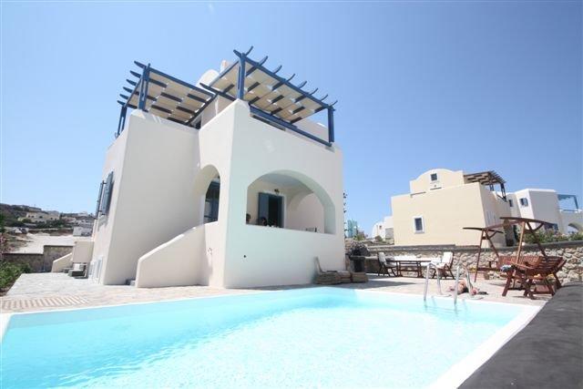 NEW Villa Apollon with Prive Pool & Parking, 6pax, location de vacances à Akrotiri