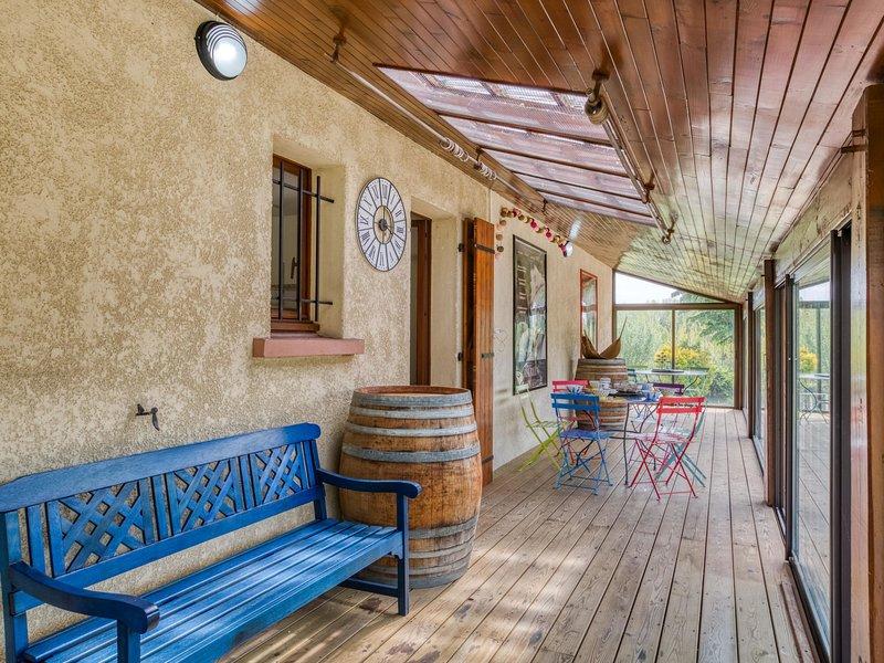La source, holiday rental in Tosse