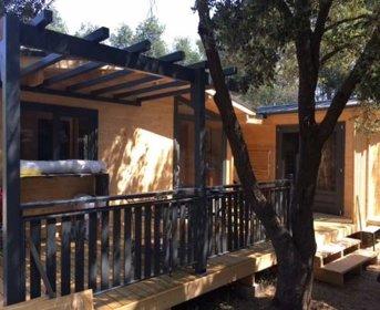 Lodge Nietzsche, location de vacances à Ménessaire