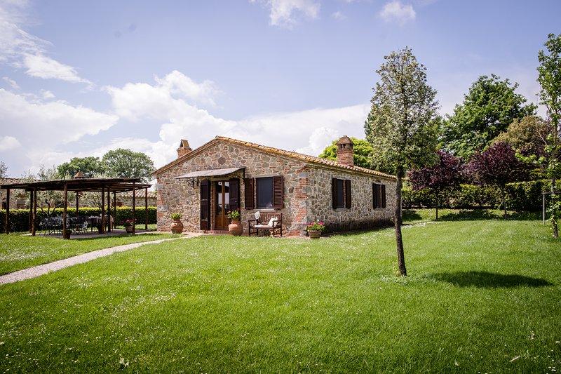 Cottage Lombriciano, vacation rental in Montecchio della Pozzanghera