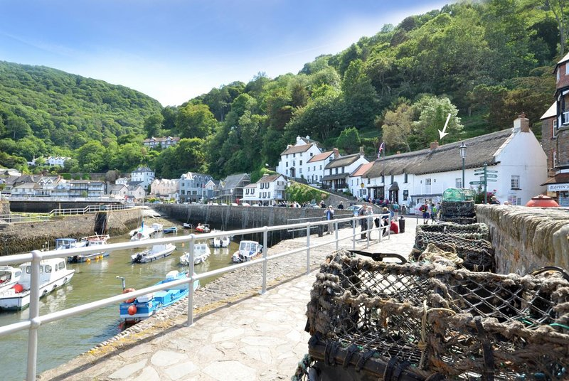Superb Sea View Apartment, holiday rental in Lynmouth
