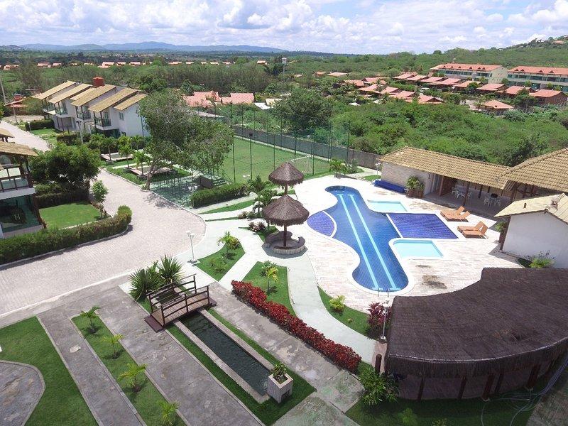 Linda Casa em Condomínio CLUBE - Super Nova, alquiler de vacaciones en Gravata