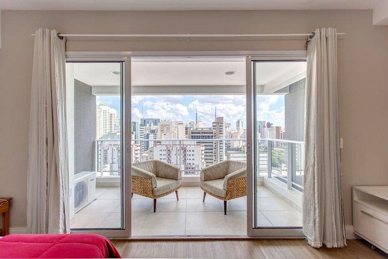 STUDIO 20o ANDAR C VISTA PRÓXIMO AV PAULISTA, vacation rental in Sao Paulo