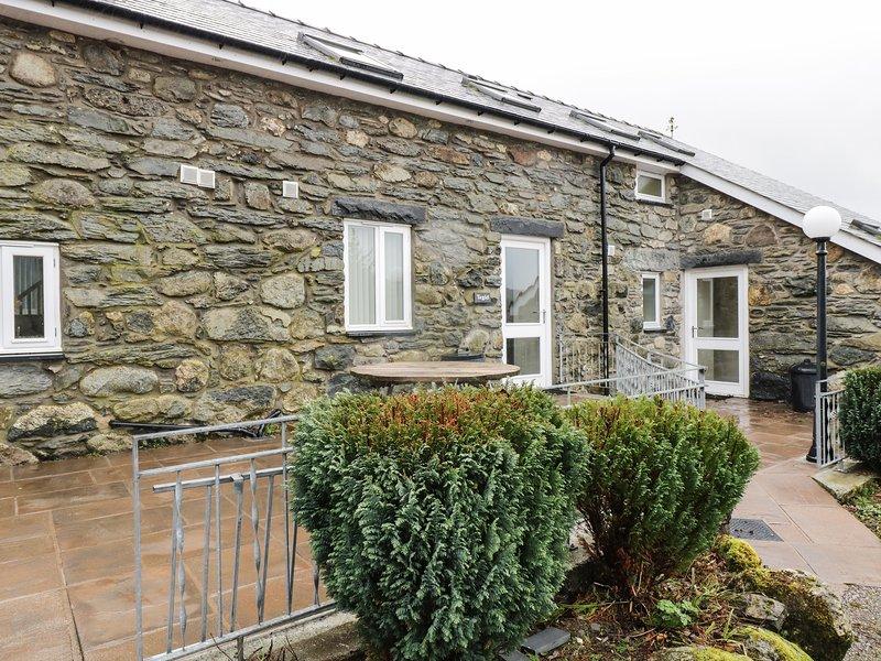 TEGID COTTAGE, en-suite, pet friendly, mountain views, near Bala Ref 20309, location de vacances à Llanycil