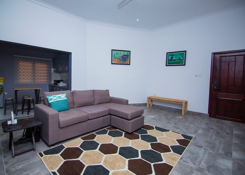 One Bed Flat at The Blank Lounge, vacation rental in Greater Accra