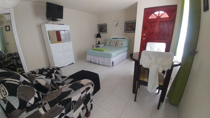 JersonApartments - Studio, vacation rental in Bridgetown