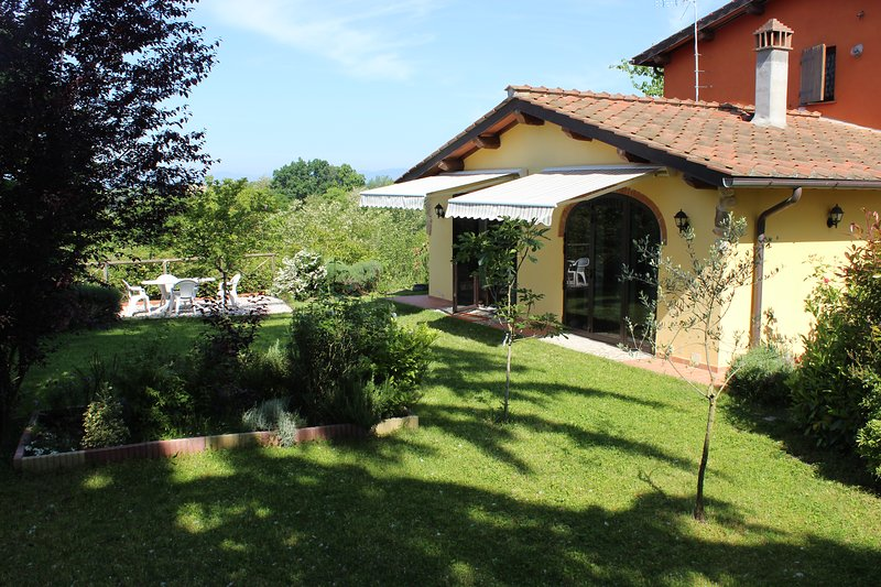 Casa Gialla vicinanza Circuito Mugello, holiday rental in Ferracciano