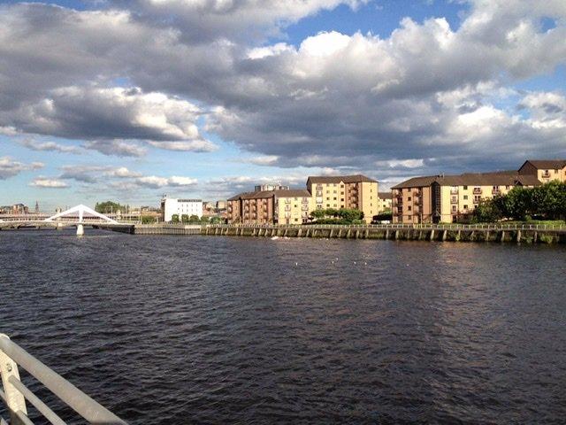 Glasgow Waterfront Apartment, Ferienwohnung in Giffnock