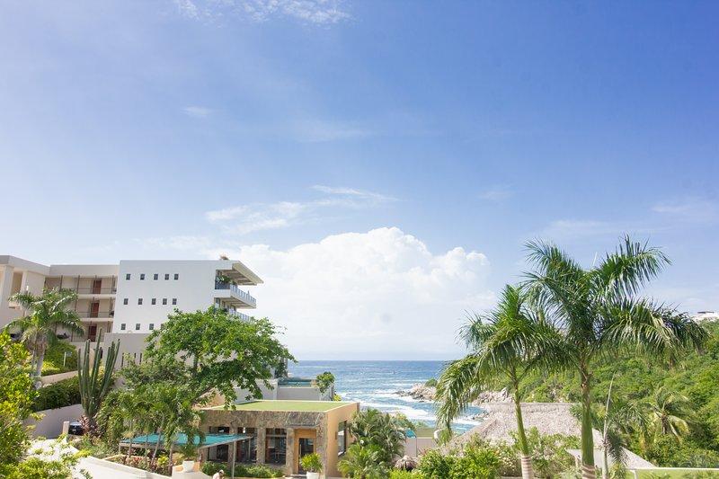 65209 - Ocean Living with Fantastic Amenities, location de vacances à Huatulco
