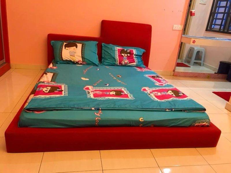 Medium Room Bukit Tinggi 2, Klang, vacation rental in Klang