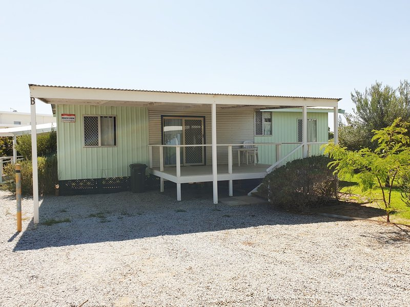 Jurien Bay View Bungalows - Beach View (6), holiday rental in Green Head