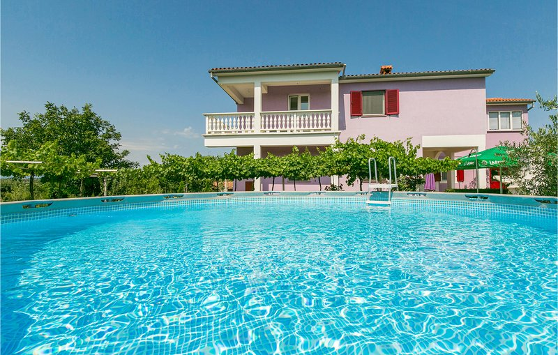Amazing home in Labin with WiFi and 3 Bedrooms (CIK743), holiday rental in Rasa