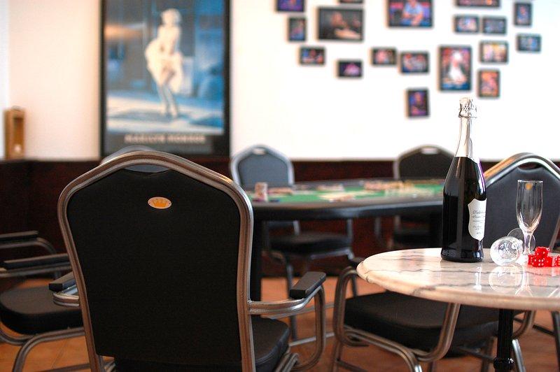 Charming City Studio with Pizza Oven & Private near Innsbruck City Centre, aluguéis de temporada em Igls
