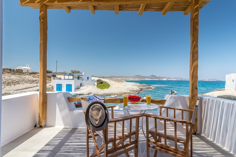 Manolis and Filio Home-By the sea, casa vacanza a Milos
