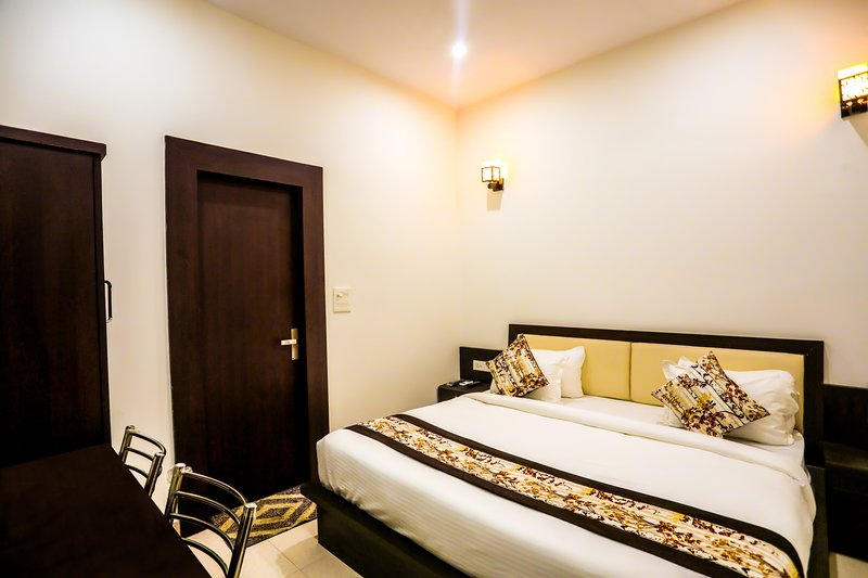 Deluxe Room- Walking Distance To The Taj Mahal, Ferienwohnung in Agra